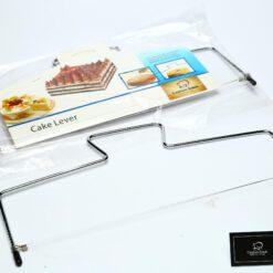 חוט מתכת מתכוון לחיתוך עוגה